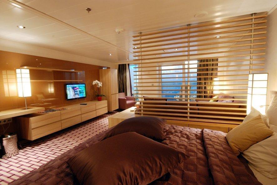 les produits baudry pr sents sur le navire de croisi re de luxe europa 2. Black Bedroom Furniture Sets. Home Design Ideas
